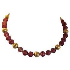 Vintage Crown Trifari Pink Purple Swirl Glass Art Beads Necklace
