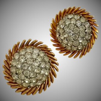 Vintage Trifari Goldtone and Clear Rhinestones Round Clip Earrings
