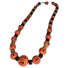 Vintage 1940s Handmade Orange Carved Bead Choker Necklace