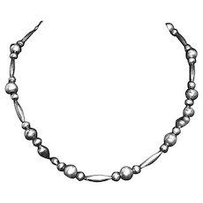 Vintage Navajo Sterling Silver Bench Bead Necklace – Native American