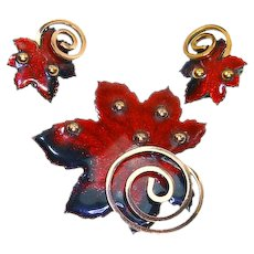 Matisse Copper and Red Enamel Maple Leaf Set – Book Piece – late 1950s/early 1960s