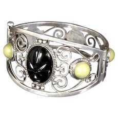 Mexico Silver Hinged Bracelet – pre-Eagle – Onyx Mayan Warrior Mask – 1930s/1940s