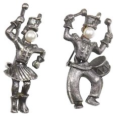 Marching Band Pins – Drum Majorette and Drummer Pair – Articulated