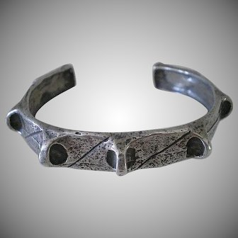 DYNAMIC Mid-Century Studio Modernist Hand-forged .925 Silver Brutalist SPIKY CUFF BRACELET ~ 25 Grams