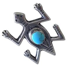 Striking NATIVE AMERICAN Navajo Mid-century Hand-stamped Sterling Silver Ethnic Tribal TURTLE BROOCH with Turquoise Cabochon
