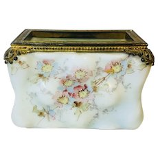 Wavecrest Dresser Box