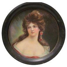 Round Victorian Portrait Tray