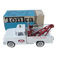 Tonka - No. 518 Wrecker Truck