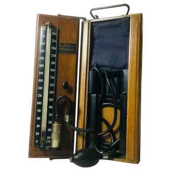 "Antique ""Lifetime Baumanometer"" Stethoscope, Cabinet Model"