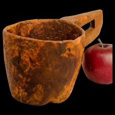 "Native American Hand Hewn Ash Burl Bowl with Open ""D"" Handle"