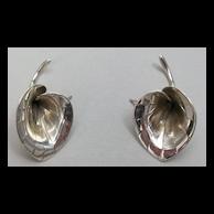 Lily earrings, sterling silver