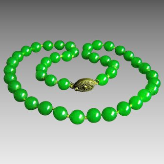 "Stunning Vintage Chinese Silver Jade Green Peking Glass Choker Necklace 41.3 g  16.5"""