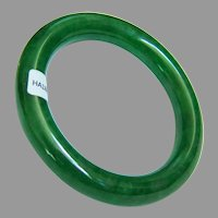 Stunning Estate Classical Round Band Vibrant Green Jadeite Jade Bangle Bracelet with Certificate 71 g, 58 mm