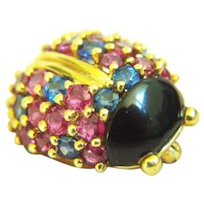 Amazingly Cute Vintage Gump's Gumps Ruby Sapphire Black Jade or Onyx Solid 18K Lady Bug Brooch Pin 7..5 g; 22.4 x 18.2 mm