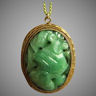 Fabulous vintage Chinese export carved pierced jade green aventurine pendant 11.4 g