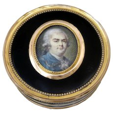 Antique French Gold 18K Box, SnuffBox With Miniature By P.F Duprez 1800 Paris