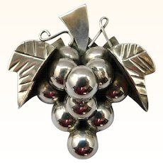 Taxco Sterling Silver Grapes Brooch Pin Figural
