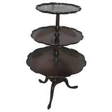 Vintage Mahogany Queen Anne or Light Chippendale Furniture Stand, Three Tiers, Classical Revival 1930 Local Pickup Only