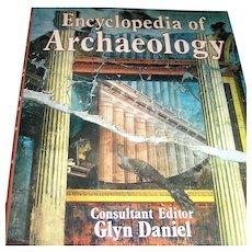 Vintage book, Encyclopedia of Archaelogy, Gly Daniel,1977
