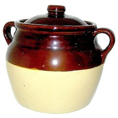 Vintage Stoneware Two handled Bean Pot Marked Monmouth, Ill. USA