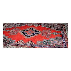 Antique Oriental Hamadan rug in cotton and wool