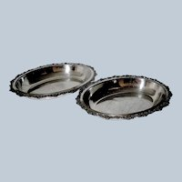Vintage  Pair of Meriden Silver Plate Dishes