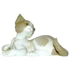 Porcelain Figurine of Kitten signed LLadro No 5114