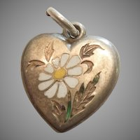 Daisy Flower - Victorian Sterling Silver Puffy Heart Charm with White Champleve Enamel - Engraved 'BB'