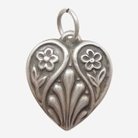 Floral Arts and Craft Design Sterling Silver Puffy Heart Charm - Engraved 'Dad'