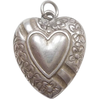 Heart-in Heart Banner and Forget-Me-Not Flowers Sterling Silver Puffy Heart Charm - Engraved 'Billie'