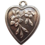 Engraved 'Gerry' - Sterling Silver Repousse Puffy Heart Charm - Forget-Me-Not Flowers