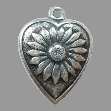 Engraved 'Rena' - Sterling Silver Repousse Daisy Flower Puffy Heart Charm