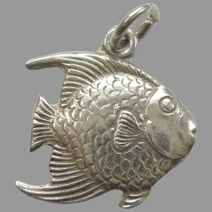 Sterling Silver Detailed Angel Fish Pendant
