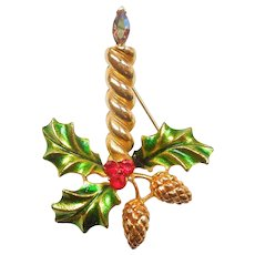 COREL Christmas Candle Pin with Holly and Pinecones / Pine Cones - MYLU Design / Coro