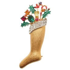 Weiss Christmas Stocking Pin with Sparkly Rhinestones