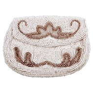 Vintage White Seed Beaded Coin Purse - Darling