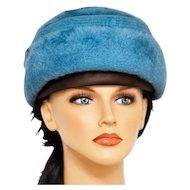 Always Fabulous Schiaparelli Turquoise Blue Felt Hat