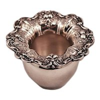 """Very Rare Reed and Barton Sterling Silver """"Francis I"""" Vase 79.3 gms."""