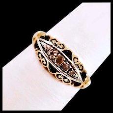 Very Vintage 18 Karat Gold 5 Diamond Ring