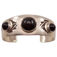 Bold Vintage Sterling Hopi Cuff With Dramatic Onyx