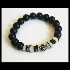 Matte Black Onyx And Black Lip Shell Bracelet - Beaded Bracelet - Stretch Bracelet - Black Bracelet