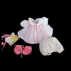 """Vintage""""MINT"""" Effanbee Dy-Dee Doll or Tiny Tears Baby Doll Set & Booties for your 11"""" Doll- Factory Made"""