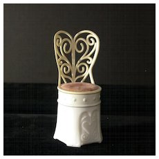 """Vintage Avon Crème Sachet Container """"Moonwind"""", Empty"""