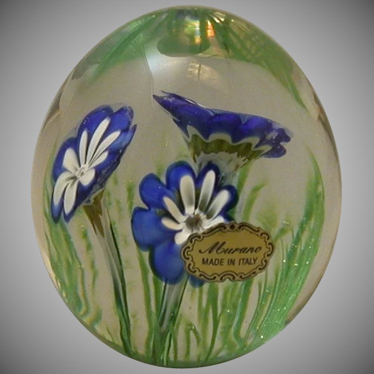 Vintage murano glass flower paperweight with original label ck vintage murano glass flower paperweight with original label mightylinksfo