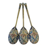 A set of 3 antique Russian silver 84 cloisonne shaded enamel spoons by Feodor Ruckert
