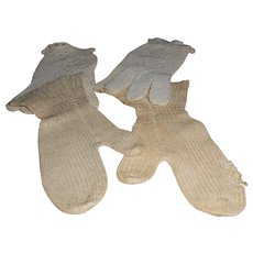 Two Pair Child's Old Gloves & Mittens