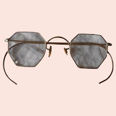 Octagon Shaped Wire Framed Eyeglasses
