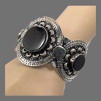 Black Stone Cuff, Agate Aqeeq Stone, Vintage Bracelet, Embossed, Afghan, Silver Wide Cuff, Middle Eastern, Kuchi, Gypsy