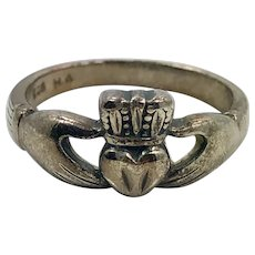 Claddagh Ring, Sterling Silver, Vintage Ring, Size 7, Darkened Silver, Irish Jewelry, Celtic Ring, Irish Wedding, Heart, Crown, Hands