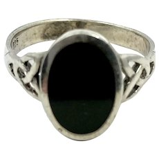 Celtic Ring, Black Onyx, Celtic Knot, Sterling Silver, Vintage Ring, Irish Jewelry, Size 8